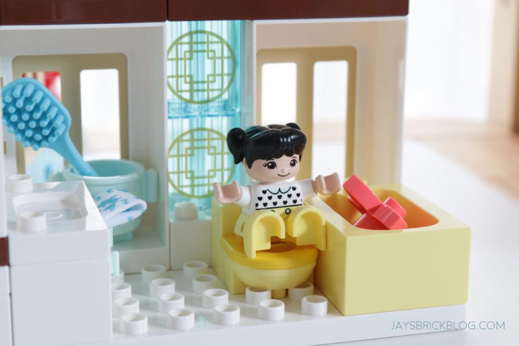 LEGO 10943 Duplo Happy Childhood Moments On the Toilet