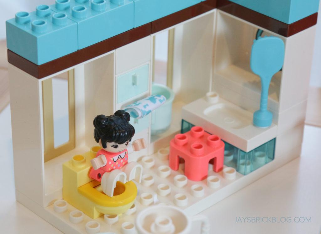 LEGO 10943 Duplo Happy Childhood Moments Toilet Training