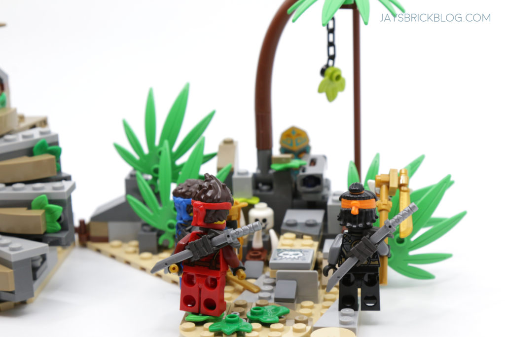 LEGO 71747 The Keepers Village Ninjas in Jungle
