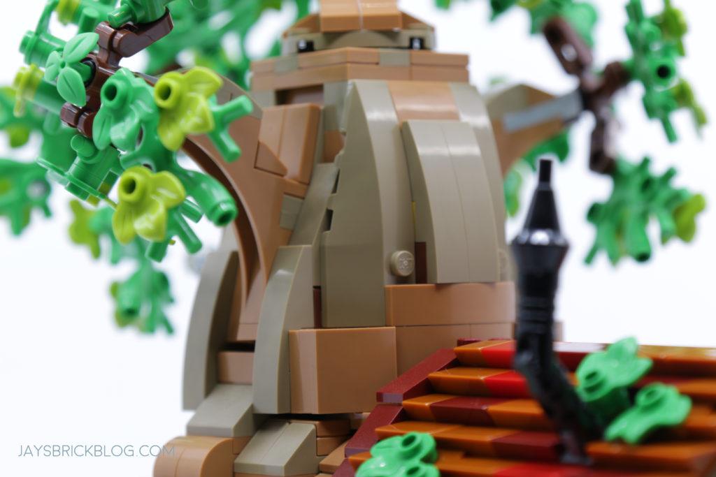 LEGO 21326 Winnie the Pooh Tree Bark Structure