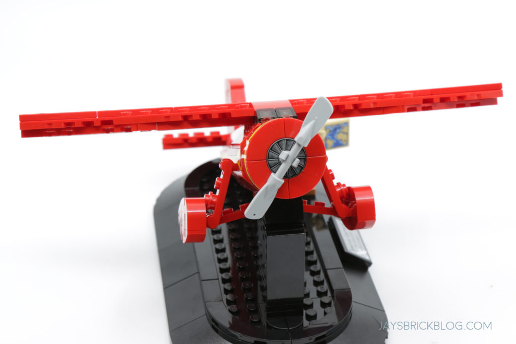 LEGO 40450 Amelia Earhart Tribute Front View