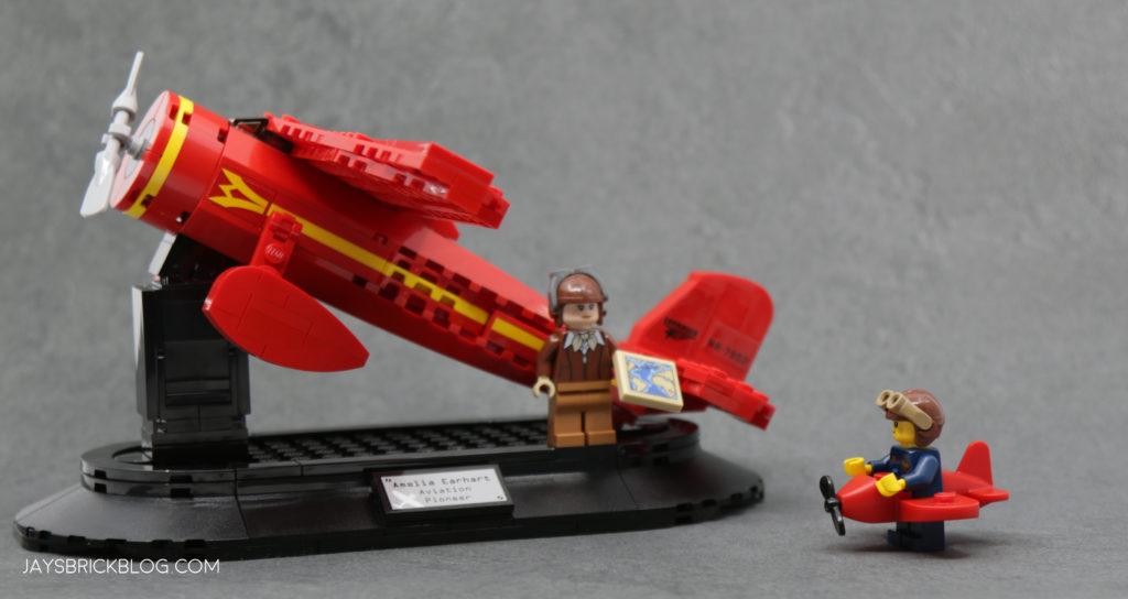 LEGO 40450 Amelia Earhart Tribute Role Models