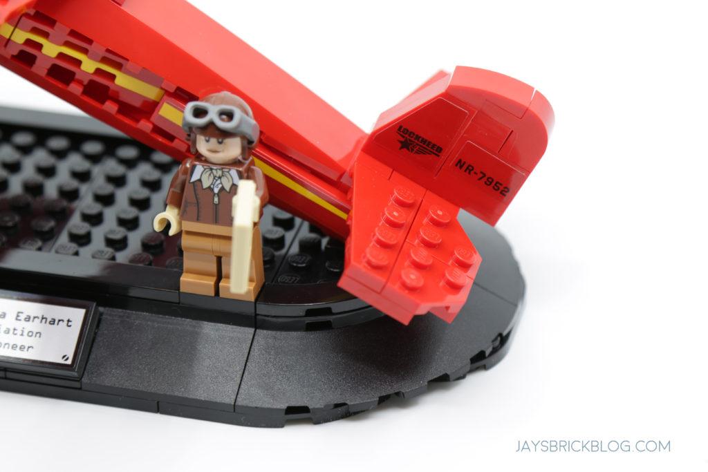 LEGO 40450 Amelia Earhart Tribute Tail