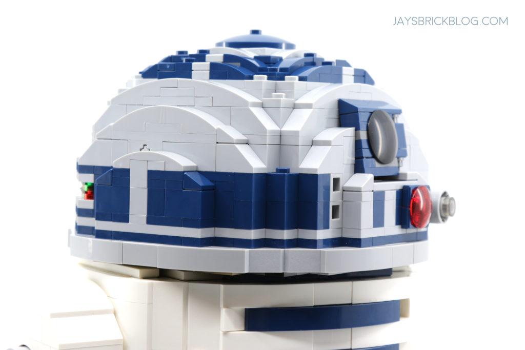 LEGO 75308 UCS R2 D2 Head Side