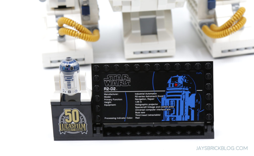 LEGO 75308 UCS R2 D2 UCS Plaque