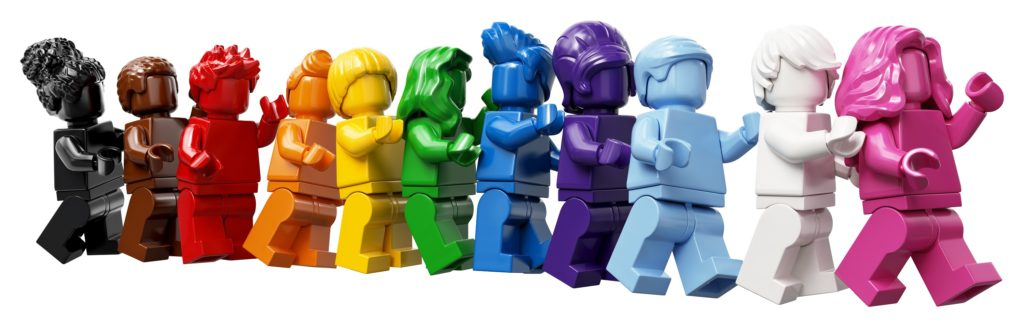 40516 Everyone is Awesome Minifigs 1