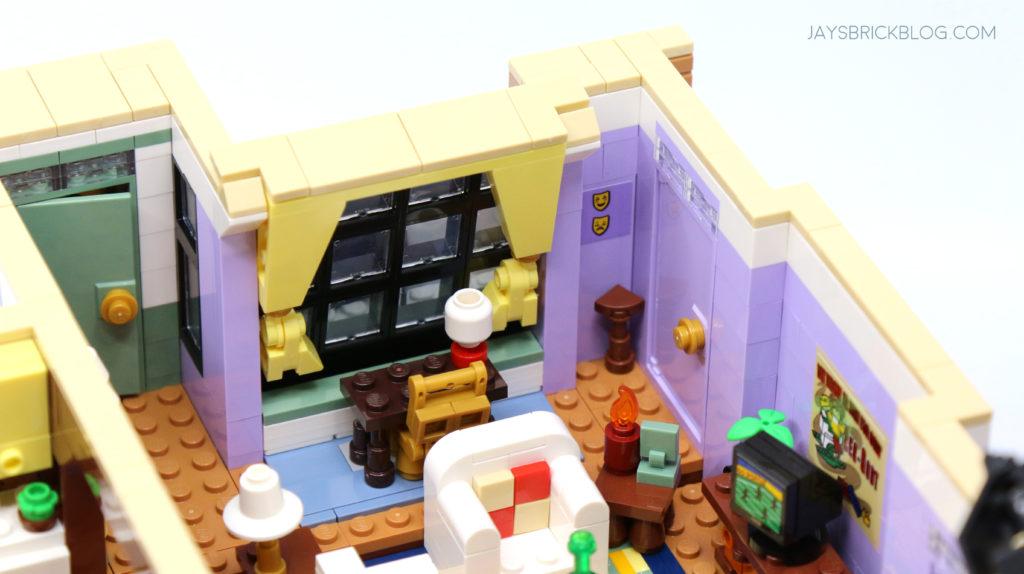 LEGO 10292 The Friends Apartments Desk