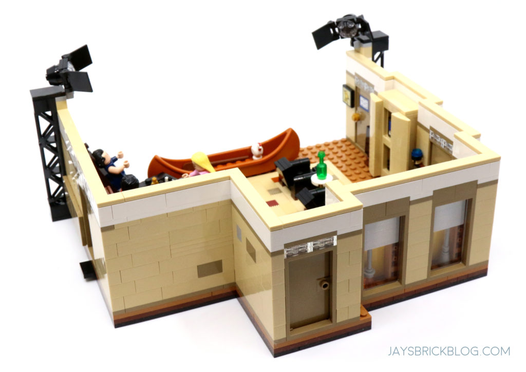 LEGO 10292 The Friends Apartments Joey Chandler Apartment Exterior