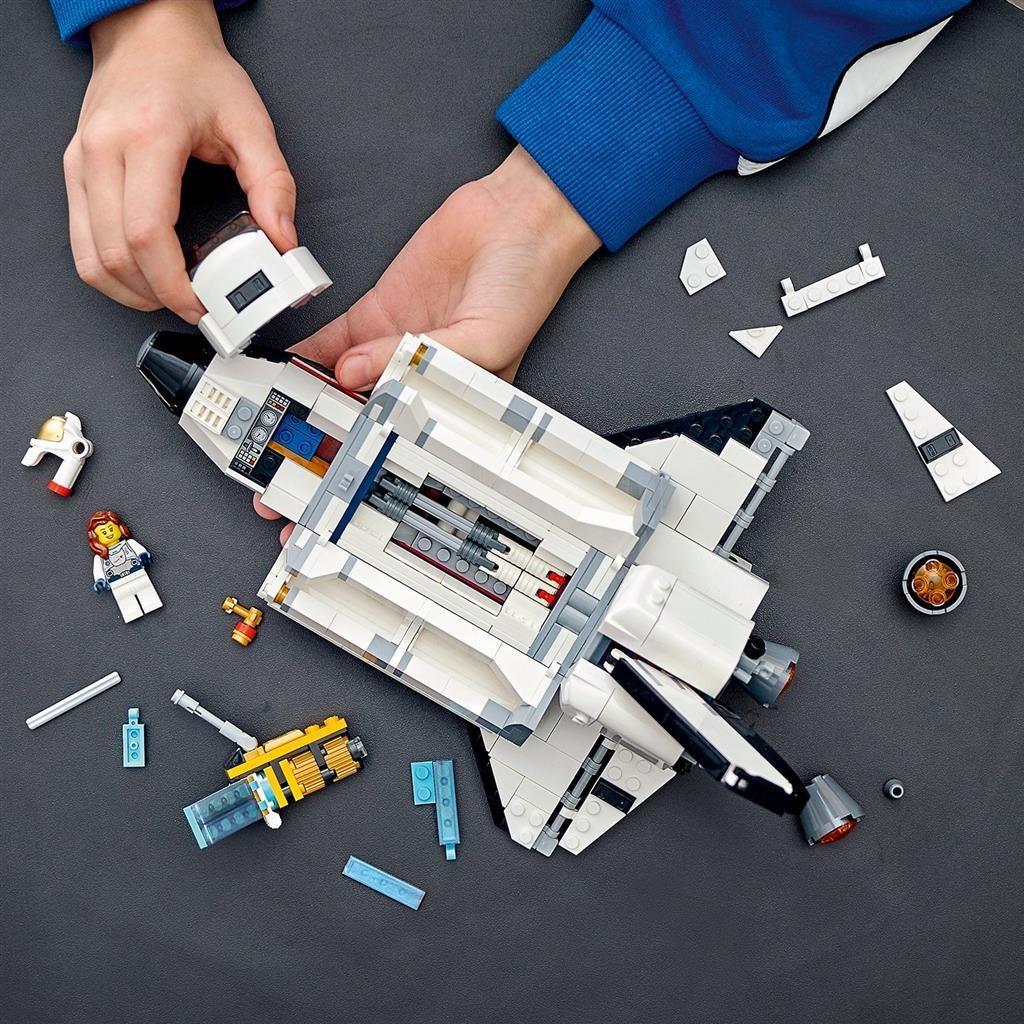 LEGO 31117 Space Shuttle Build