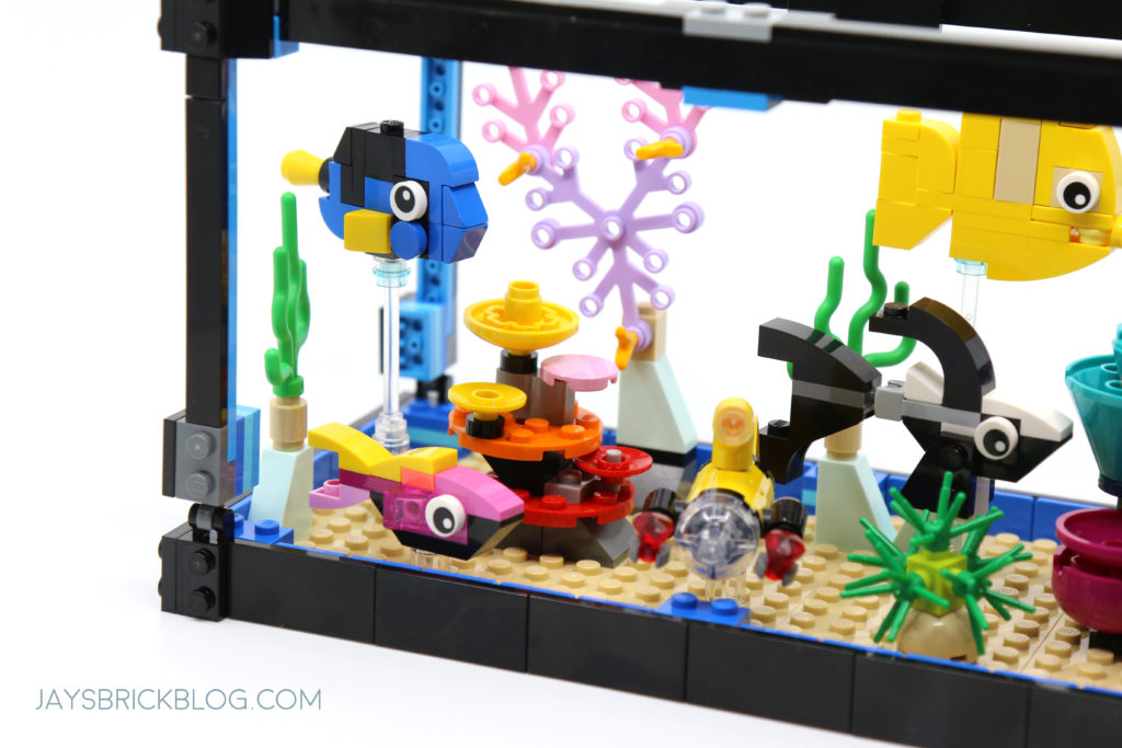 LEGO 31122 Fish Tank Aquarium Coral