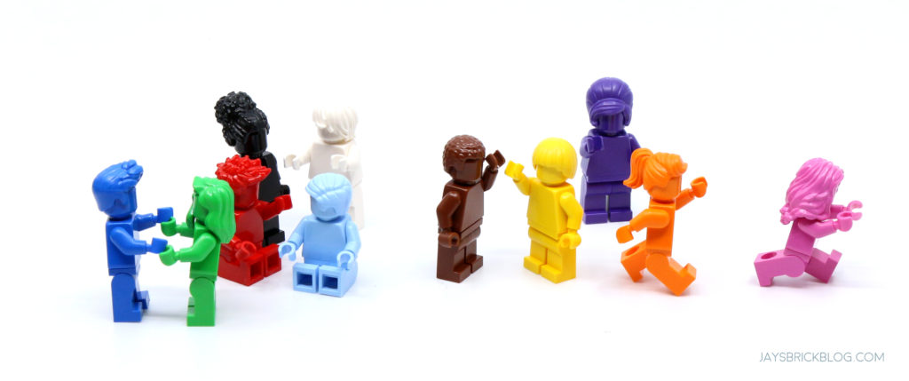 LEGO 40516 Everyone is Awesome Minifigures About