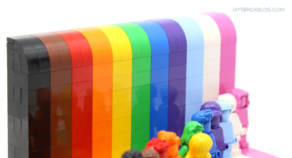 LEGO 40516 Everyone is Awesome Rainbow Colours