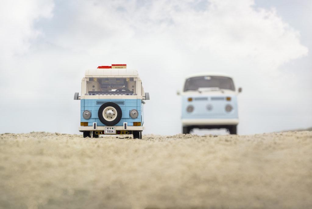 10279 LEGO Volkswagen T2 Campervan Comparison 8
