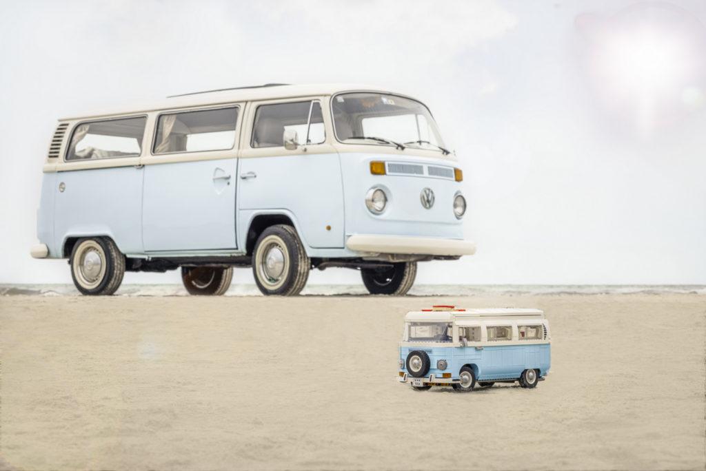 10279 LEGO Volkswagen T2 Campervan Comparison 9