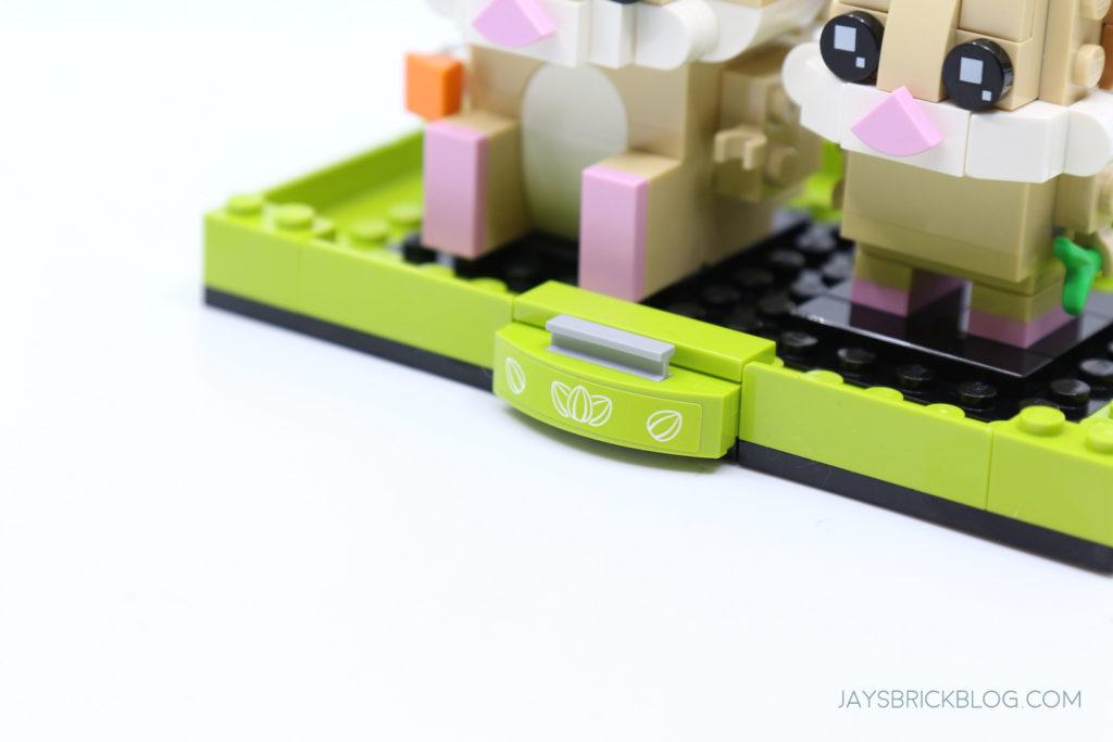 LEGO 40482 Brickheadz Hamsters Alternate Plaque