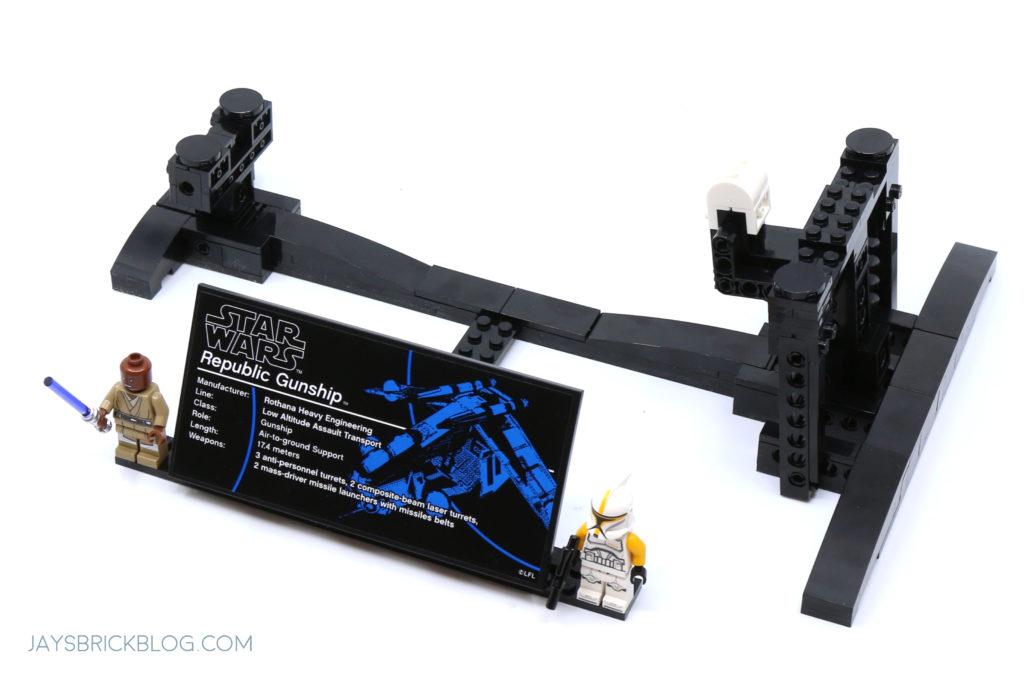 LEGO 75309 UCS Republic Gunship Display Stand