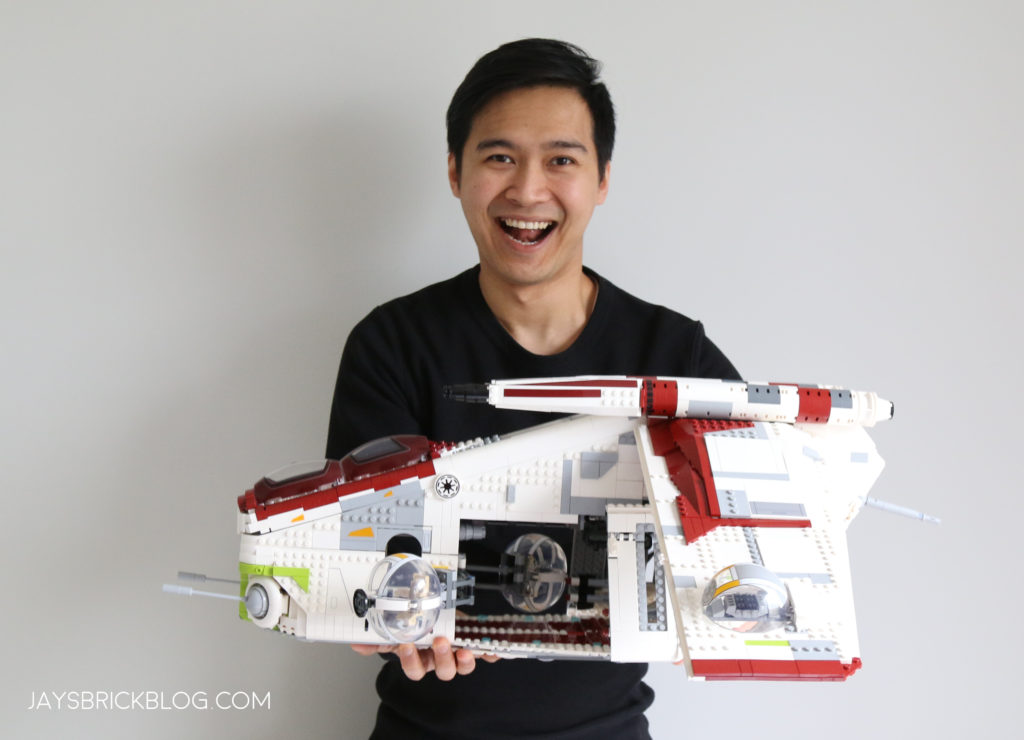 LEGO 75309 UCS Republic Gunship Jay For Scale 2
