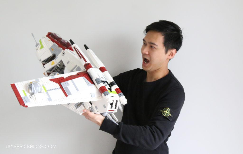 LEGO 75309 UCS Republic Gunship Jay For Scale 4