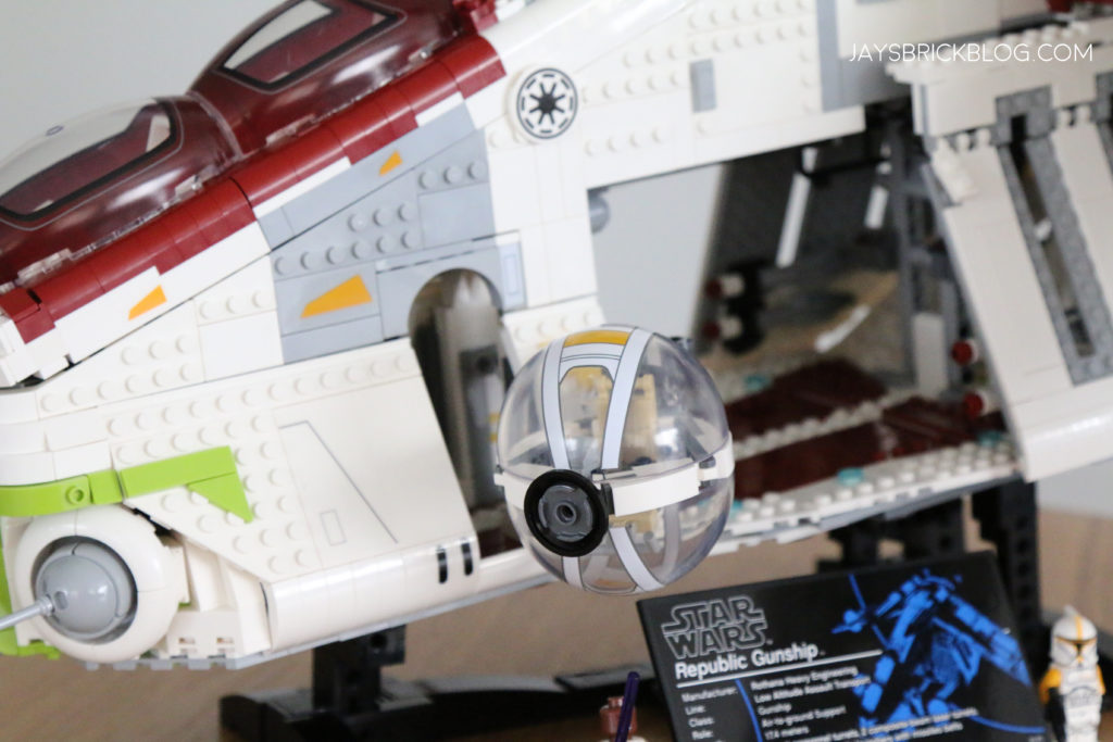 LEGO 75309 UCS Republic Gunship Side Turrets
