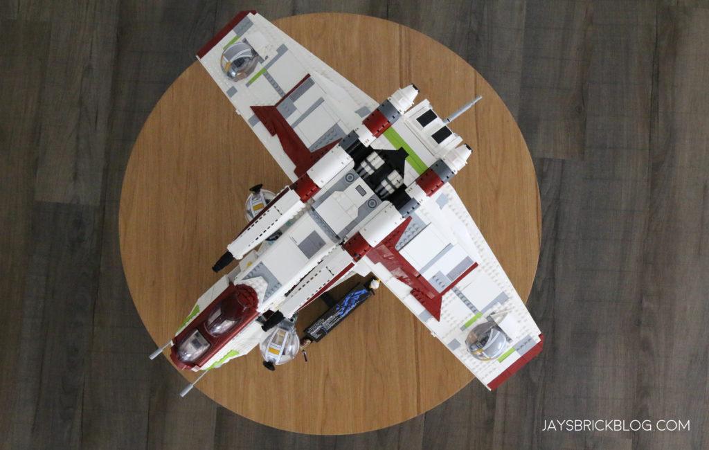 LEGO 75309 UCS Republic Gunship Top View 1