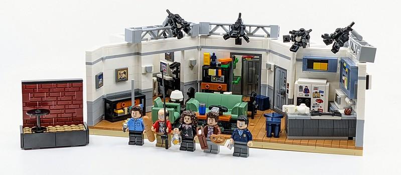 LEGO Seinfeld Review Bricksfanz