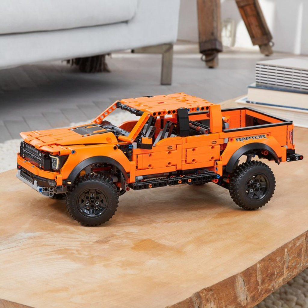 Technic 42126 Ford F 150 Raptor Lifestyle