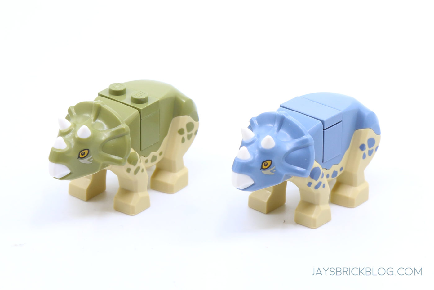 LEGO 76940 T. rex Dinosaur Fossil Exhibition Baby Triceratops Comparison