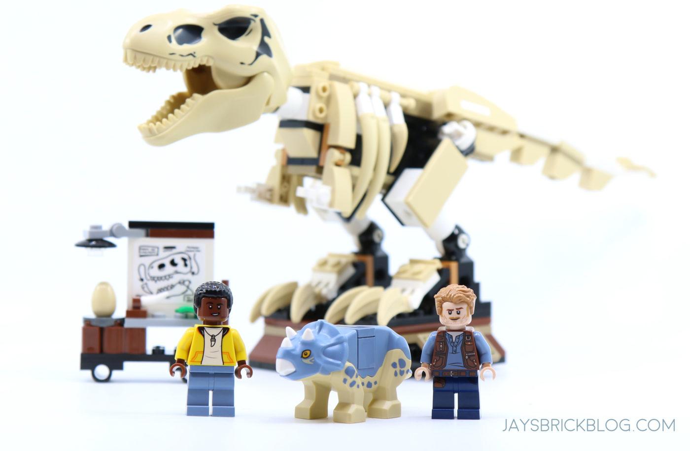 LEGO 76940 T. rex Dinosaur Fossil Exhibition Minifigures