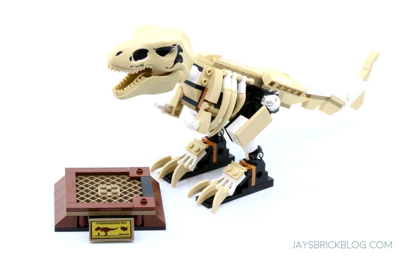 LEGO 76940 T. rex Dinosaur Fossil Exhibition Stand