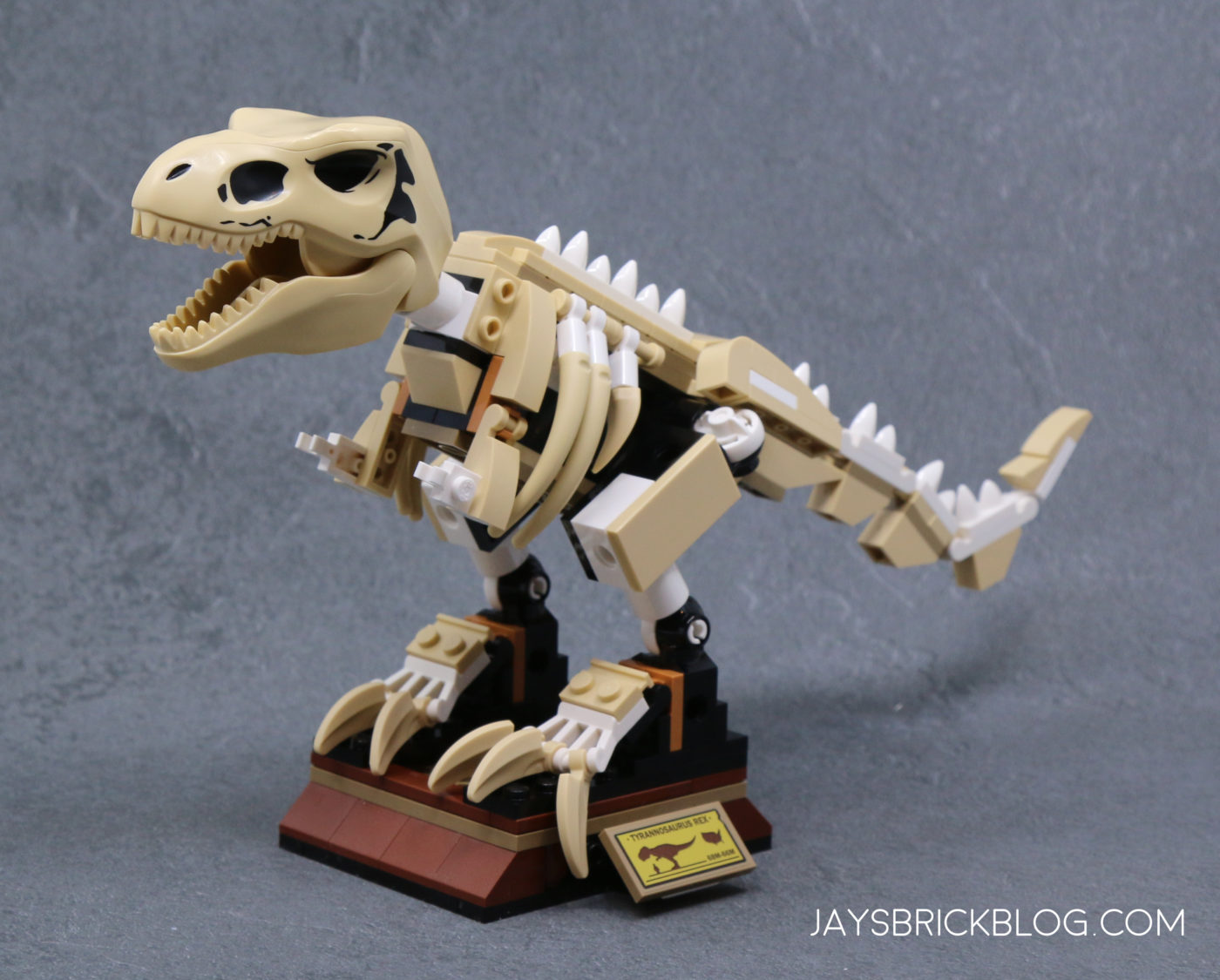 LEGO 76940 T. rex Dinosaur Fossil Exhibition T.rex Skeleton