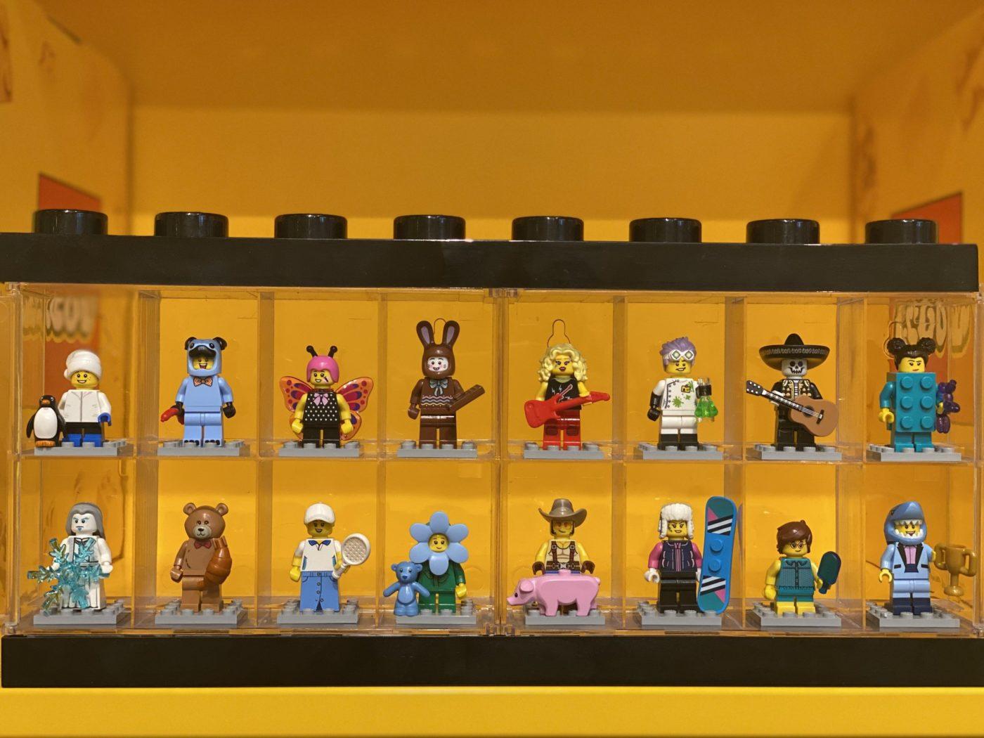 Q3 and Q4 Build a Minfigures Legoland Melbourne